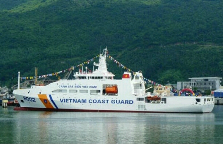 Royal Navy Works With Vietnamese Coast Guard