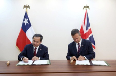 Defence Talks Between UK And Chile