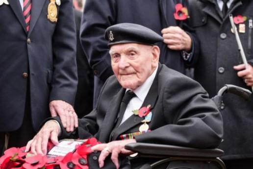 Blind Veteran To Be Oldest Marching At Cenotaph