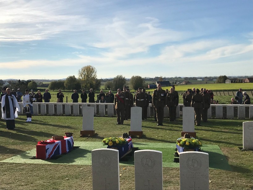Defence Minister Praises WW1 Heroes