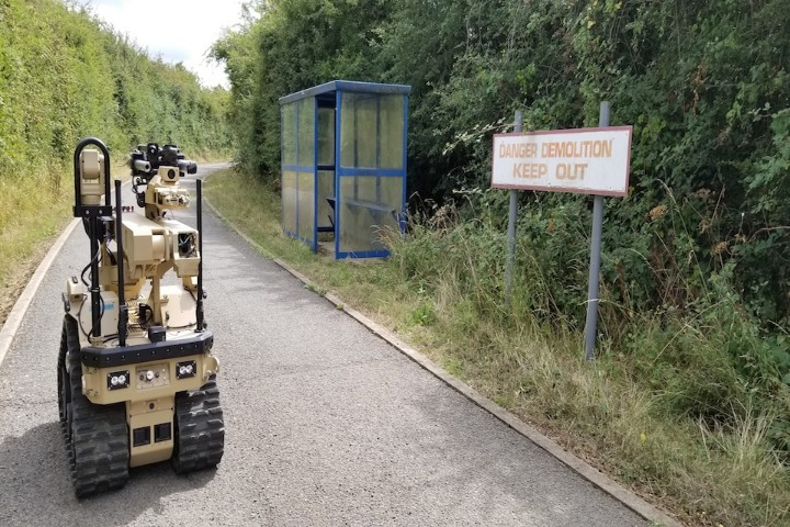 Army Receives Pioneering Bomb Disposal Robots