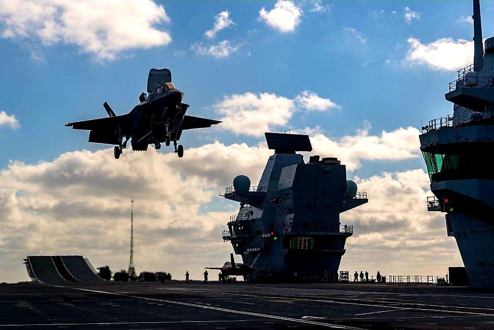 F35s Land Onboard HMS Queen Elizabeth