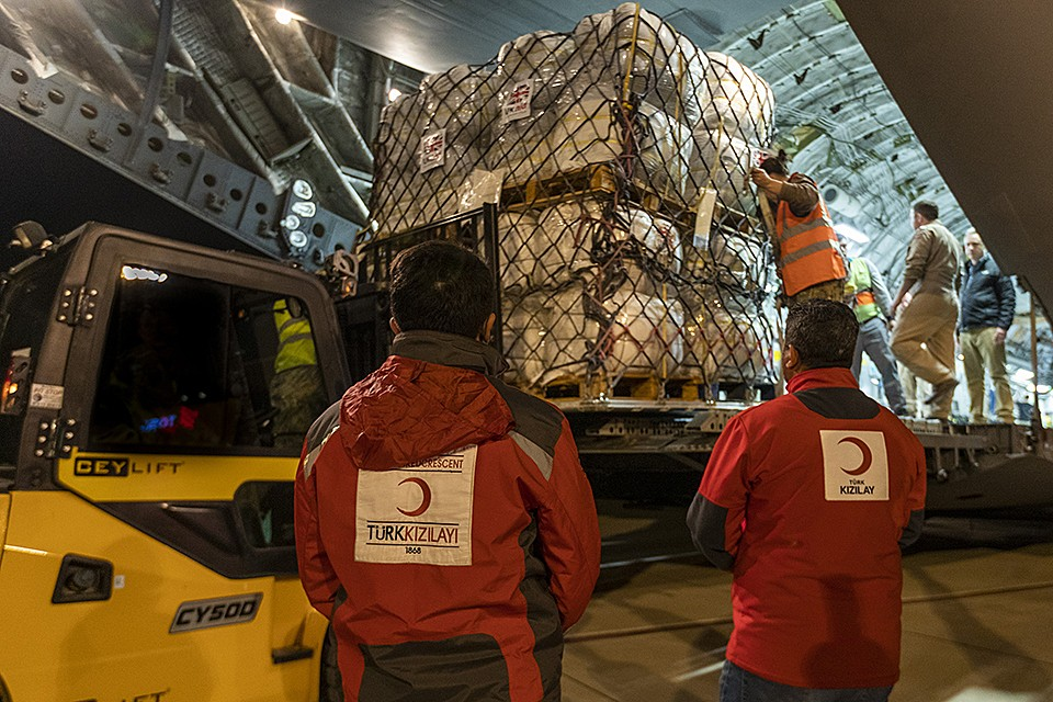 RAF Delivers Aid To Syrians In Crisis