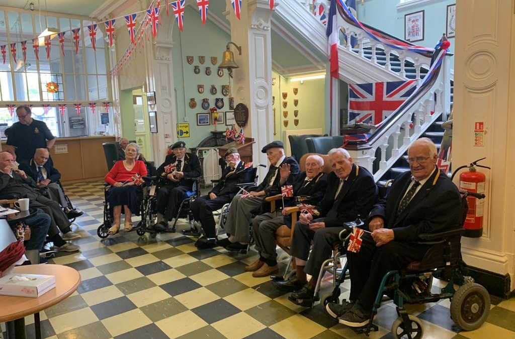 Broughton House Veterans Celebrate VE Day