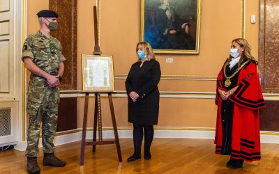 Army Regiments Supporting Covid Testing In Liverpool Receive The Freedom Of The City