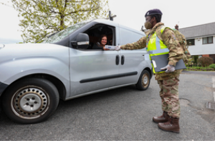 Military Personnel Help To Accelerate UK Vaccine Programme